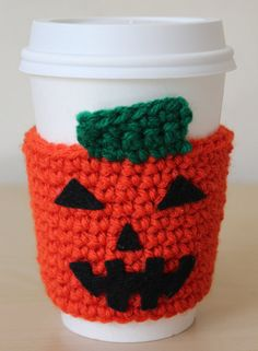 Pumpkin Coffee Sleeve - Halloween Crochet Coffee Cozy Pattern to purchase as at May 2015 Crochet Coffee Cozy, Coffee Cup Cozy, Crochet Cozy, Diy Crochet, Crochet Crafts, Yarn Crafts, Crochet Projects, Coffee Barista, Crochet Ornaments