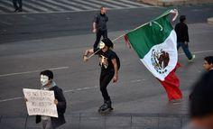 """""""Yo no estoy cansado, estoy hasta la madre"""" #yamecanse #ayotzinapa"""