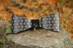 Support us, and get a stylish metal bowtie. Bowties, Stylish, Metal, Modern, Projects, Stuff To Buy, Accessories, Fashion, Tie Bow