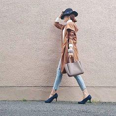 .  フード付きのキャメルのコーディガンはジーンズとの相性抜群 この時期に着たいアイテム  Photo by @puu326   Tops... #fabia  Bottoms... #sly  Bag... #zakkabox  Shoes... #titivate   MINEの公式アプリではファッションを中心とした動画を毎日更新中プロフィールリンクからDLできます   ハッシュタグ#mineby3mootdを付けたコーディネート募集中  #mineby3mootd #MINEBY3M #ootd #fashion #coordinate #style #instafashion #beaustagrammer #fashionista #instadaily #instagood #goodday #igers #outfit #igfashion #大人カジュアル  #コーディガン #ファビジョ