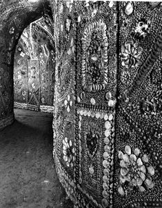 This Ancient Shell Grotto is Covered in Over 4 Million Seashells – And No One Knows Why | Spirit Science