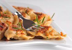 Mäsové pirôžky z lístkového cesta Meat, Chicken, Food, Hampers, Essen, Meals, Yemek, Eten, Cubs