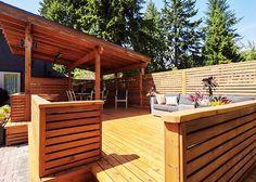 Western red cedar deck and pergola