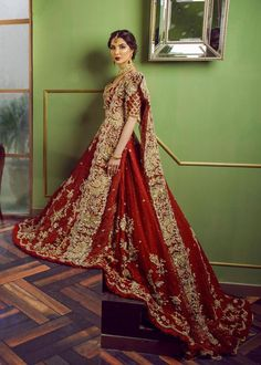 Shop Online 2019 designer Trail Lehenga Choli in deep red. Buy Bridal wear in USA, Glam up your Traditional look with our latest ghagra cholis Collection, Red Lehenga, Indian Bridal Lehenga, Indian Bridal Outfits, Pakistani Wedding Dresses, Pakistani Dress Design, Indian Dresses, Wedding Outfits, Pakistani Outfits, Indian Clothes