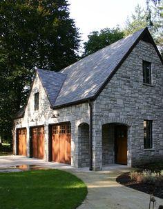 garage ideas | More here: http://mylusciouslife.com/stylish-home-luxury-garage-design/