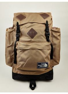The North Face Men's Khaki Mountain Heritage Backpack