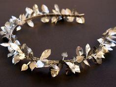 Diademas - Corona de hojas plateadas - hecho a mano por LolaWhite en DaWanda