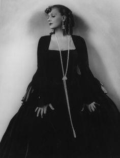 ❤ - Greta Garbo - Romance