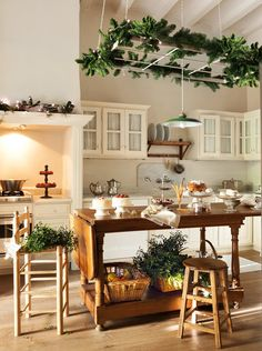 Gorgeous kitchen with Christmas greenery