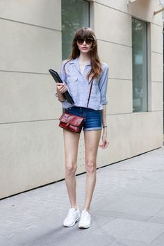 【ELLEgirl】 Dafne(25)/モデル|【STREET STYLE】パリジェンヌのサマースナップ|エル・ガール・オンライン