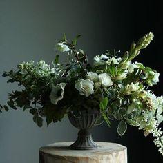 WINTER WEDDING OF WHITE, BLUSH AND DEEP BURGUNDY