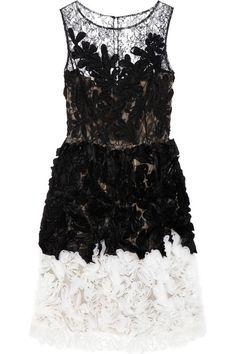 Oscar de la Renta Chantilly lace and organza dress #FashionMath #THEOUTNET