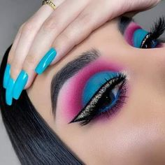 Most beautiful step by step special makeup tips for your skin 10 – wonders style Creative Eye Makeup, Unique Makeup, Colorful Eye Makeup, Beautiful Eye Makeup, Eye Makeup Tips, Makeup Trends, Eyeshadow Makeup, Makeup Steps, Baddie Makeup