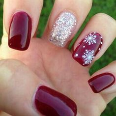 100 Beautiful Snowflakes Designs and Sparkling Glitters Nail Art Ideas for the Winter