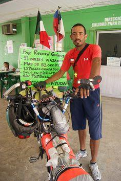 Chileno Que Daba La Vuelta Al Mundo En Bicicleta Muere En Tailandia