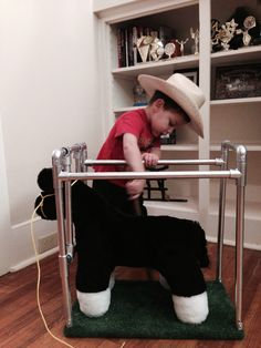 Stock show kid in training! Never to soon to start working on your show steer. Stock show kid in training! Never to soon to start working on your show steer. Show Steers, Show Cows, Western Babies, Farm Kids, Show Cattle, Future Farms, Little Cowboy, Showing Livestock, Ranch Life