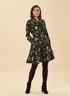 The Anne Floral Pussy Bow Dress is a lily of the valley print long sleeve dress. Shop Joanie's vintage-style dresses now! Dress With Bow, I Dress, Joanie Clothing, Vintage Style Dresses, Work Wear, Floral Prints, Vintage Fashion, High Neck Dress, Bows
