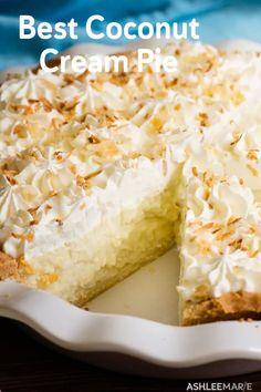 Coconut cream pie ashlee marie real fun with real food the best chicken pot pie ever Easy Pie Recipes, Cream Pie Recipes, Pie Crust Recipes, Real Food Recipes, Cooking Recipes, Cooking Chili, Pastry Recipes, Köstliche Desserts, Delicious Desserts