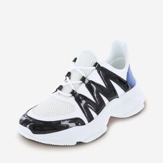 the best attitude d7686 2b35d Features of the Maxi Lace-Up Sneaker  Jump on the dad sneaker trend with