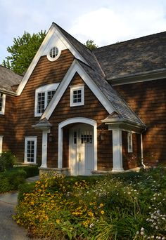 Cedar Lap Siding, Cedar Siding Photos, Cedar Shingles Pictures | Cedar Shingles Direct