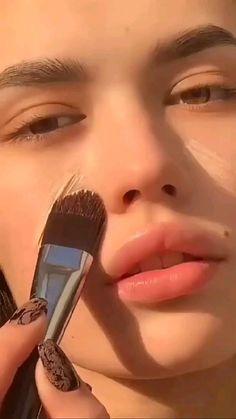 Edgy Makeup, Skin Makeup, Makeup Art, Makeup Ideas, Natural Makeup Tutorials, Glow Makeup, Makeup Inspo, Natural Makeup Products, Makeup Tips And Tricks