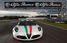 Alfa Romeo 4C - on track