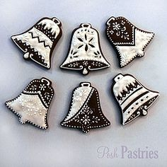 beautiful bells from posh pastries Christmas Sugar Cookies, Christmas Sweets, Christmas Gingerbread, Christmas Bells, Holiday Cookies, Christmas Baking, Crochet Christmas, Christmas Angels, Fancy Cookies