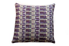 Carew cushion
