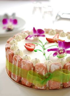 Rose tea cottage cake