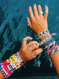——————————— vsco wrist accessories Do you know how to make friendship bracelets comment below! Pony Bead Bracelets, Kandi Bracelets, Summer Bracelets, Cute Bracelets, Summer Jewelry, Ankle Bracelets, Friendship Bracelets, Colorful Bracelets, Jewelry Bracelets