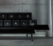 Das QWERTY Sofa - wir finden: coole Idee