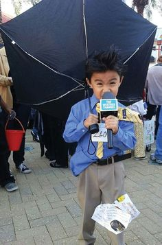 DIY Halloween Costumes - NJ Family - October 2014. check out this weather reporter outfit for Halloween.  how cute!!! love it. xoxo.