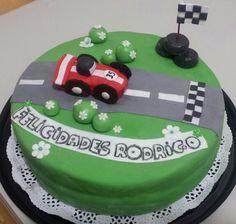 Kart fondant cake