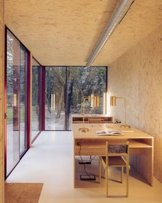 L Office, Tiny Office, Home Office Space, Office Desks, Office Spaces, Spanish Architecture, Contemporary Architecture, Architecture Office, Prefab Office
