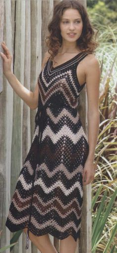 Fabulous Crochet a Little Black Crochet Dress Ideas. Georgeous Crochet a Little Black Crochet Dress Ideas. Crochet Skirts, Crochet Clothes, Crochet Lace, Irish Crochet, Vestido Zig Zag, Crochet Woman, Crochet Designs, Crochet Patterns, Crochet Ideas