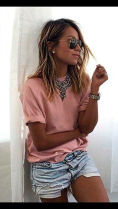 Maxi Colar + camiseta básica