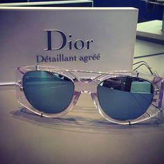 Dior Experience já está disponivel para compra nas Óticas Wanny! Garanta o seu: www.oticaswanny.com #dior #oculos #sol #experience #oticaswanny #espelhado #original #rihanna #modasolar