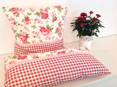 Ikea Rosali Kisse Pillow