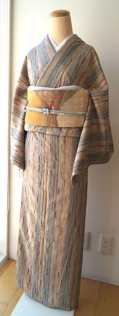 【袷】淡い色の板じめ絞り紬と抽象柄かがり織名古屋帯 #kimono #着物 | ちぇらうなぼるた雑記帳