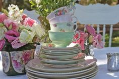Tea Party Decorations To Jumpstart Your Planning Celebrate your gal pals with a tea party they won't forget! Get inspired with our tea party ideas including creative floral centerpieces, food and desserts, and tablescape decor. Melbourne Cup, Shower Party, Baby Shower Parties, Bridal Shower, Vintage High Tea, Vintage Teacups, Vintage Tableware, Vintage China, Party Needs