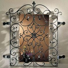Entrada casa Iron Window Grill, Window Grill Design, Wrought Iron Decor, Wrought Iron Gates, Metal Walls, Metal Wall Art, Metal Wall Decor, Iron Windows, Iron Doors
