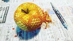 Mukimono 剥き物. Fruit-vegetable #carving.