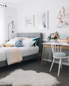 décoration chambre adulte chic scandinave blanc tons poudrés