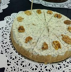 poppy seeds cheesecake with walnuts