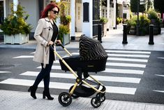 Included in the carton is the stroller, the carrycot, the i-Size compliant car seat, a foot apron, a changing bag and a raincover. The Primo is a one of a kind superior pushchair that has so many extras. It also folds up small enough to fit in nearly any car boot. Car Boot, Changing Bag, Travel System, Folded Up, My Size, Baby Strollers, Car Seats, Fit, Stuff To Buy