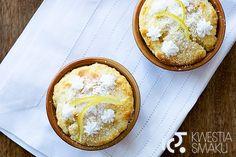 + Muffiny z kefiru. Szybkie i proste babeczki na śniadanie, ze śmietaną i dżemem. (FOREMKI NAPEŁNIAMY PRAWIE DO PEŁNA)