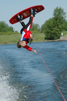 Catfish Bay and Water Ski and Stage Show | Visit Sioux Falls