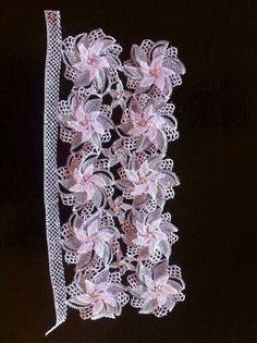 Neşe'nin gözdeleri Needle Lace, Bead Crochet, Islamic Art, Crochet Flowers, Knots, Needlework, Crochet Patterns, Arts And Crafts, Jewelry