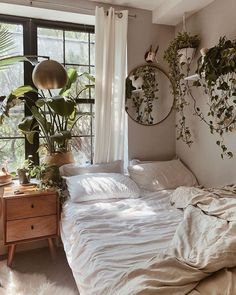 Home Decoration Bedroom .Home Decoration Bedroom Boho Bedroom Decor, Room Ideas Bedroom, Home Bedroom, Bedroom Designs, Earthy Bedroom, Bedroom Inspo, Modern Bedroom, Bedroom Small, Bohemian Decor
