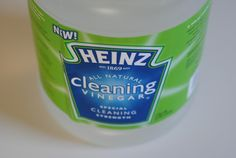 Top Secret Tricks for Cleaning with Vinegar-- green cleaning for grout, sinks, and tubs in minutes! Grout Cleaner, Shower Cleaner, Cleaning Recipes, Cleaning Hacks, Cleaning Vinegar, Cleaning Supplies, Cleaning Checklist, Green Cleaning, Spring Cleaning
